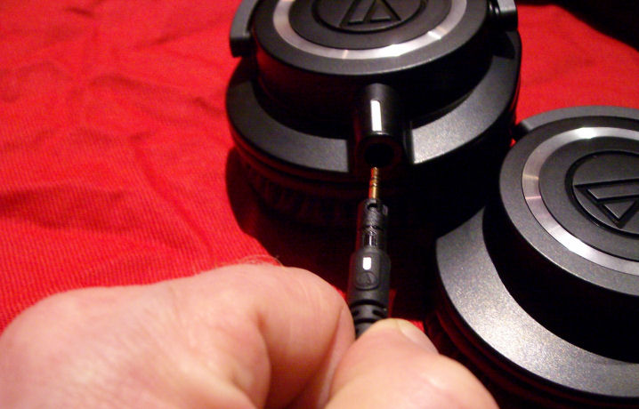 ATH-M50x_connecting