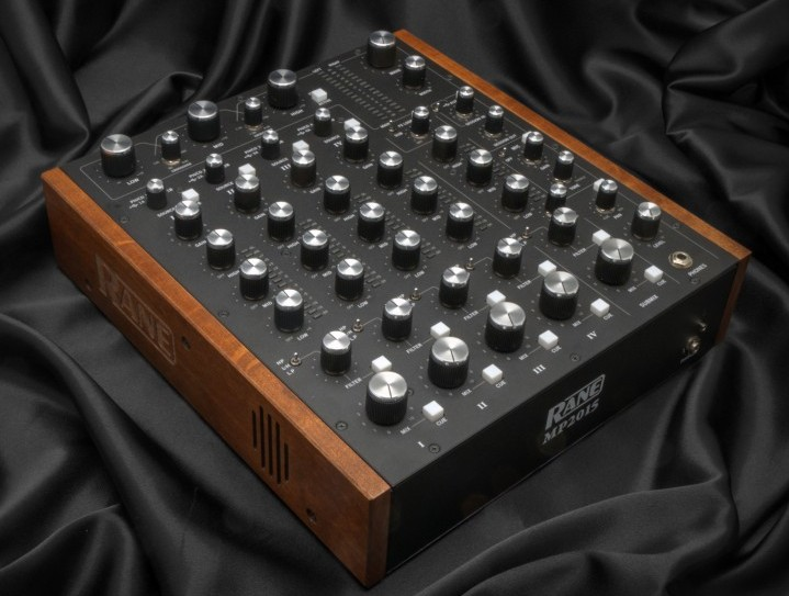 Rane - mp2015_blacksatin_right