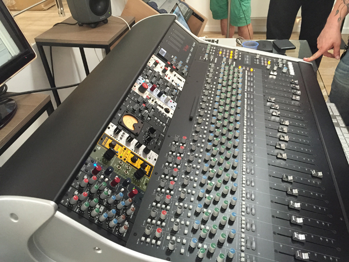 Demo SSL XL-Desk