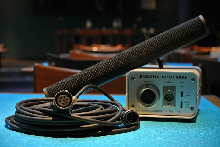Microtech Gefell KEM 970: The Pope's Microphone @ Blue Note